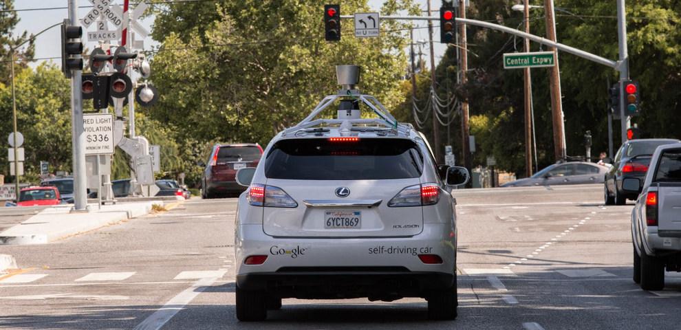Google Driverless Car, le auto con il pilota automatico: Ecco come funzionano